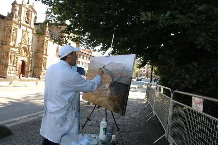 Pintura lehiaketa egingo dute domekan