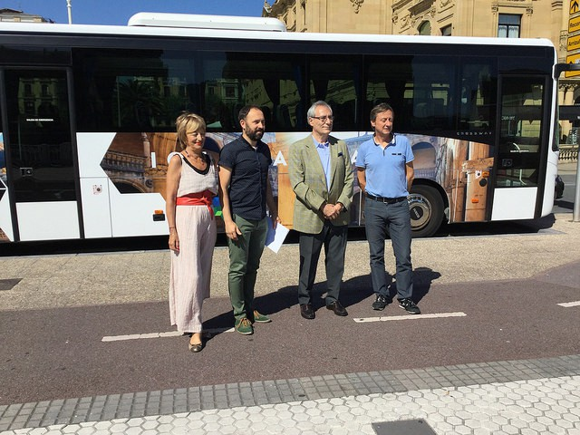 'San Sebastian Region' autobus turistikoa Oñatira iritsiko da