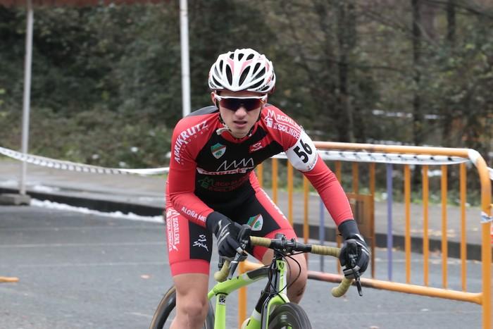 Ruiz de Larrinaga eta Lekuona garaile Arrasateko ziklo-krosean - 30