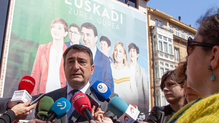 'Nos mueve Euskadi. Zurea, gurea', EAJ-PNVk Hauteskunde Orokorretarako aukeratu duen goiburua
