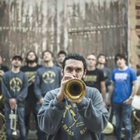 Errekan Gora: Broken Brothers Brass Band