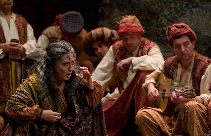 'Il Trovatore' opera-kontzertuko sarreren erdiak agortuta daude