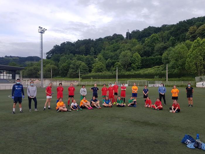 Infantil mailako nesken taldea osatuko da Bergara eta Antzuolako kluben hitzarmenari esker