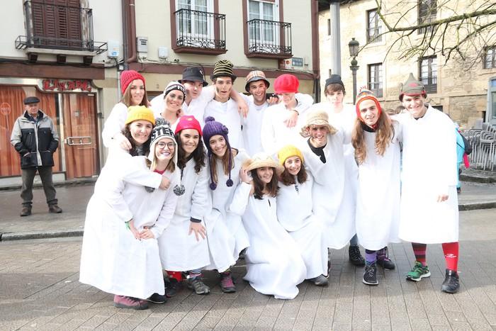 Inauterietako desfilea Aretxabaletan