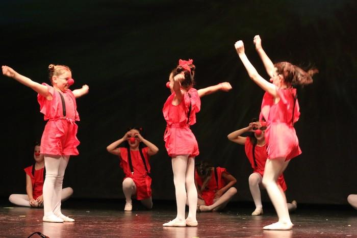 Arrasate Musikalek eta Arrasateko Ballet taldeak ikasturteko ikuskizuna eman zuten atzo - 10