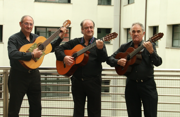 Trio Basaur, Espaloian