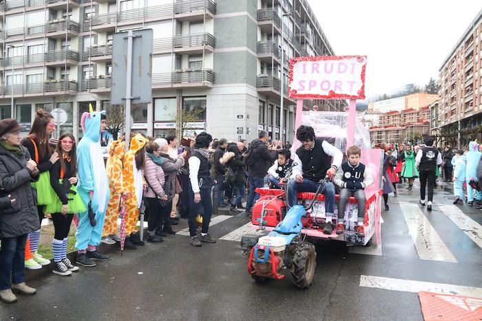 Aratusteetako desfilea Arrasaten - 28