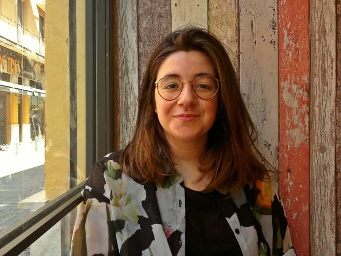 """Danele Sarriugarte: """"Berritasunari lotuta ez dauden liburuak ekarriko ditut taldera"""""""