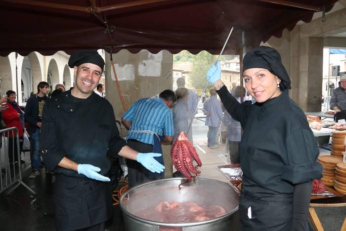Gastronomia eta folklore jaia domekan, hogeigarrenez