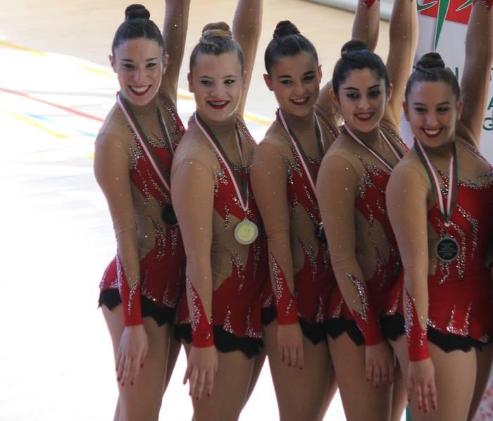Dragoi taldeko gazte mailako gimnastak Espainiako Txapelketara sailkatu dira