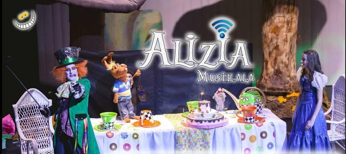 'Alizia Musikala', Bilbon eta Iruñean ikusgai