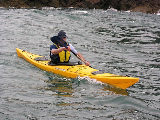 Kayak-eko hastapen ikastaroa dago gaztetxoendako