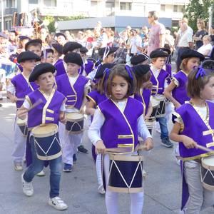 Txikitxoenek San Juan festetan murgildu dute herria