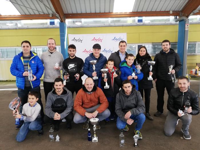 Oscar Luquin eta Juan Luis Etxaniz bikoteak irabazi du Santamasetako padel txapelketa