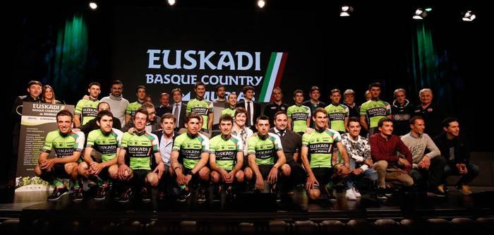 Ibarreko 'ukitua' du Euskadi Basque Country Murias taldeak