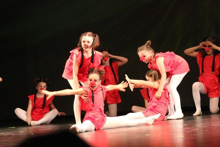 Arrasate Musikalek eta Arrasateko Ballet taldeak ikasturteko ikuskizuna eman zuten atzo - 12