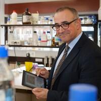 Zientzia zikloa: 'Mikrobioak gure bizitzan: bakterioak, birusak, txertoak eta antibiotikoak'