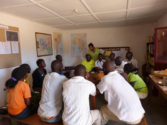 Mozambikeko lana herrira zabaltzeko saioa
