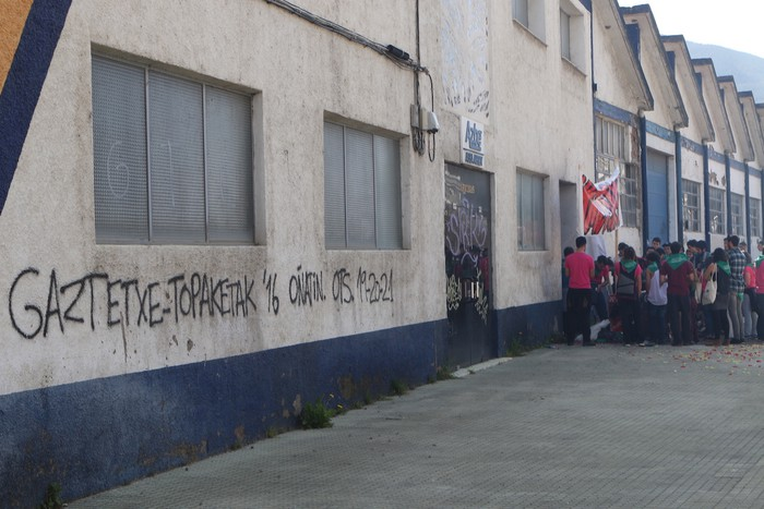 Gaztetxea eskatu dute Aretxabaletan 'Hazi daitezen ametsak!' leloarekin - 11
