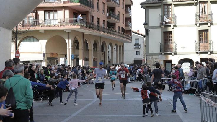 Antzuolako 8 Milien argazkiak: azken helmugaratzeak eta sari banaketa