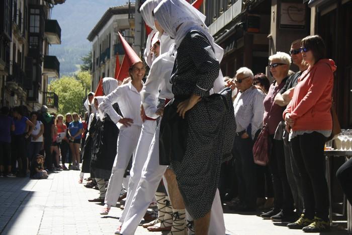 Sorgin dantza Korrika eguna girotzeko - 18