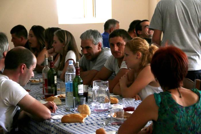 Auzo-bazkaria egingo dute Mazmelako auzotarrek San Bartolome eguna ospatzeko