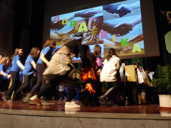 Afrikako kantuak eta doinuak entzun dira Santa Anan - 21