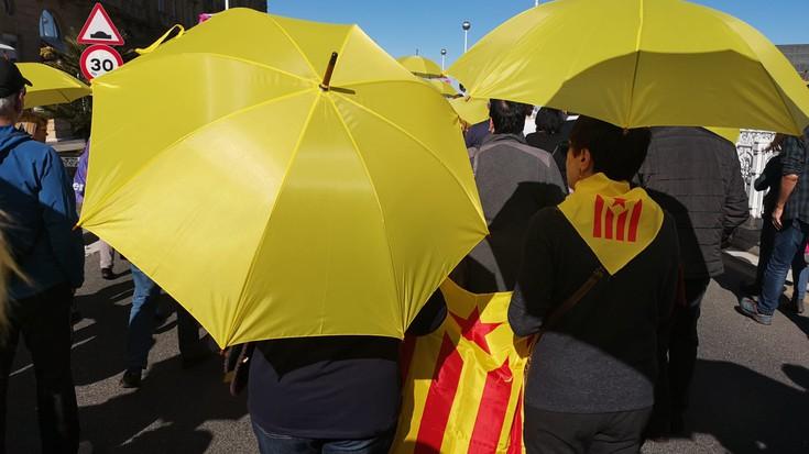 Kataluniako politikarien aurkako epaia dela-eta elkarretaratzeak deitu ditu GEk Debagoienean