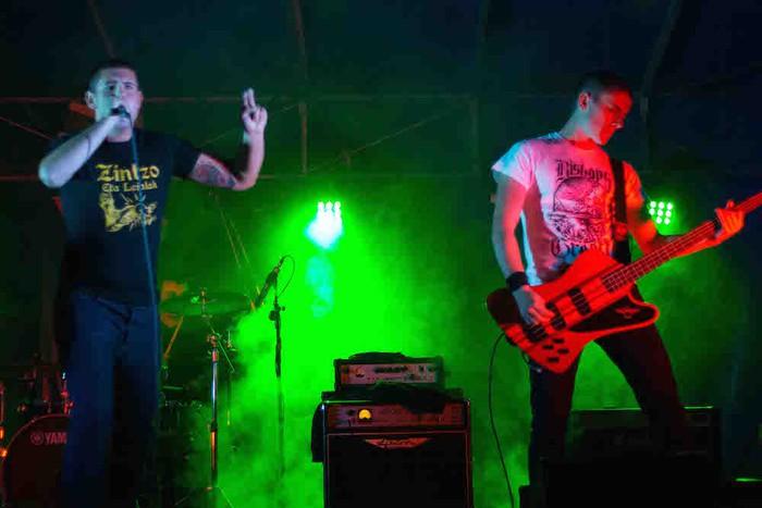 Punk-Oi! estiloko musika nagusi Gatzagan - 14