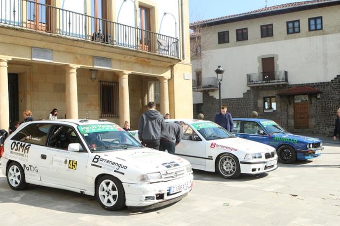 Mendi Mendia Racing-ekoak eskertuta zapatuan jasotako babesarekin