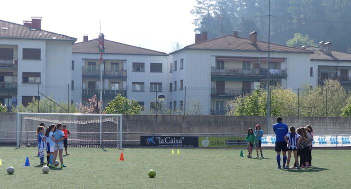 Neskendako Futbol Topaketa gaur eta bihar Aretxabaletan - 6