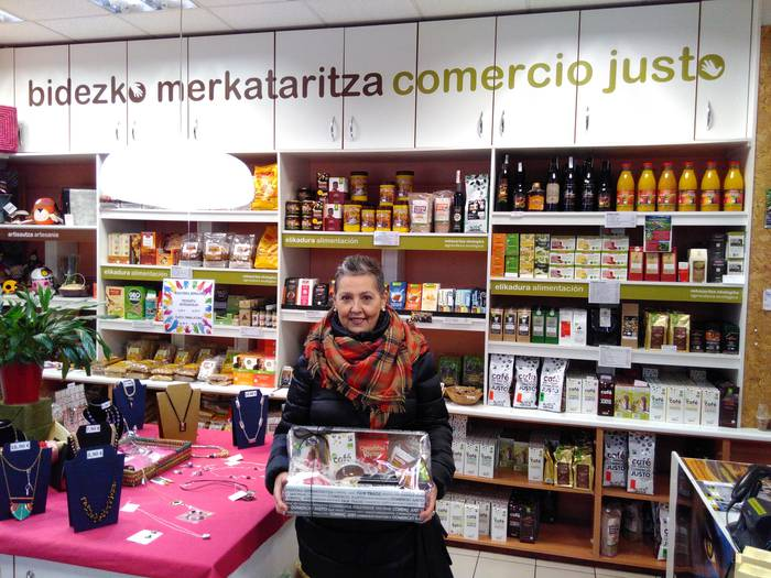 Isabel Arregi Bidezko Merkataritzako Produktuen otarraren irabazle
