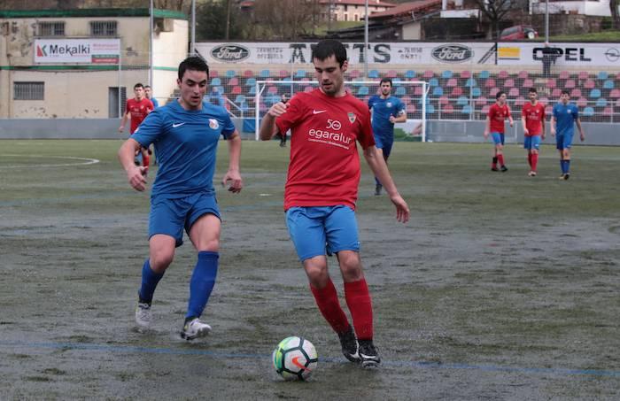 Hilaren 14an hasiko ditu entrenamenduak Aloña Mendiko erregional preferente taldeak