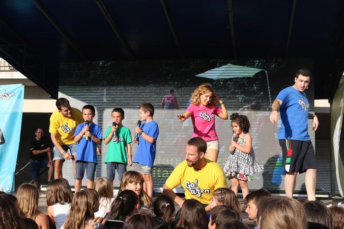 'Go!azen' dantzatu eta abestera - 27