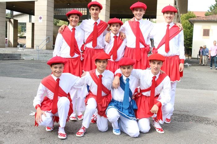 Dantzari gaztez bete da Oñati - 4