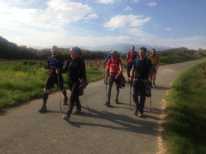 84 kilometroko ibilbidea egin zuten atzo gatzaren mezulariek