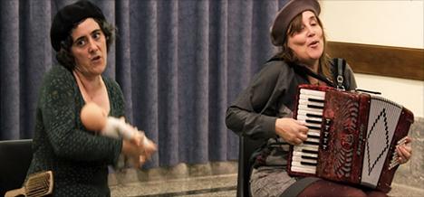 'Amilami' ikuskizuna Pantzart Teatro taldearekin