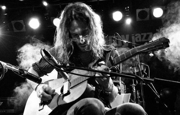 Joseba B. Lenoir musikaria Inkernu tabernan izango da