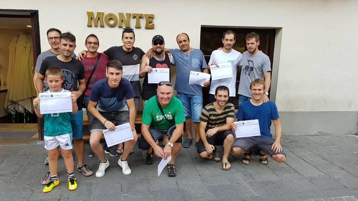 Arrasateko Monte tabernak 16.000 euro banatu ditu Tourreko porran