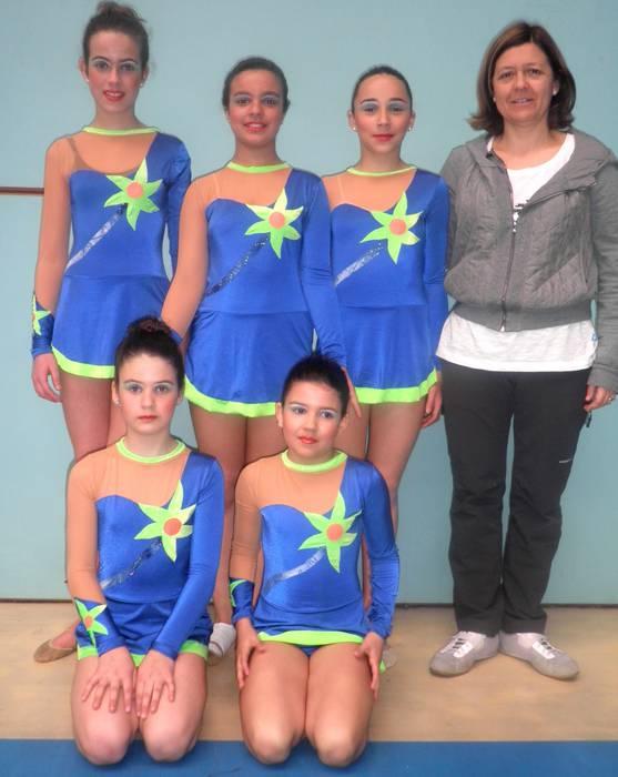 Oiartzungo kanporaketan izan da gimnastika erritmikoko neska taldea