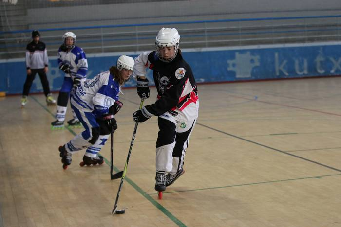 4x4 eta 3x3 irristaketa hockey txapelketa