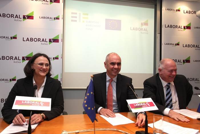 Ekintzaile eta mikroenpresentzako 24 milioi euro, Laboral Kutxaren eskutik