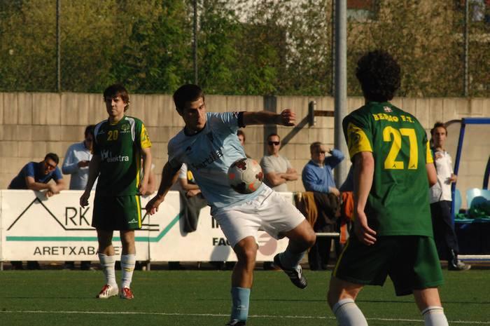 FUTBOLA: Aretxabaletak ontzat eman du Berioren aurkako 1-1 emaitza