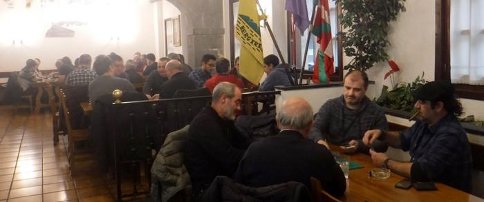 Euskal Herriko Mus Txapelketako lehen kanporaketan, 30 bikote bergarar