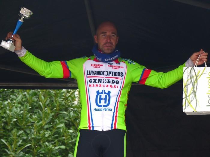 Ruiz de Larrinaga eta Lekuona garaile Arrasateko ziklo-krosean - 103
