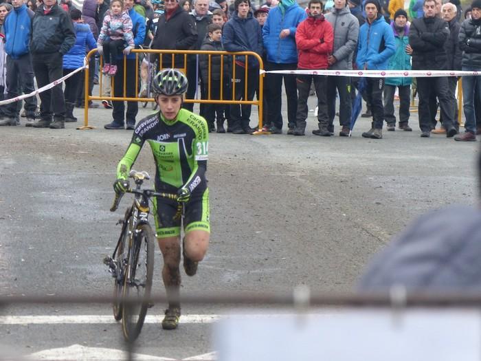 Ruiz de Larrinaga eta Lekuona garaile Arrasateko ziklo-krosean - 58