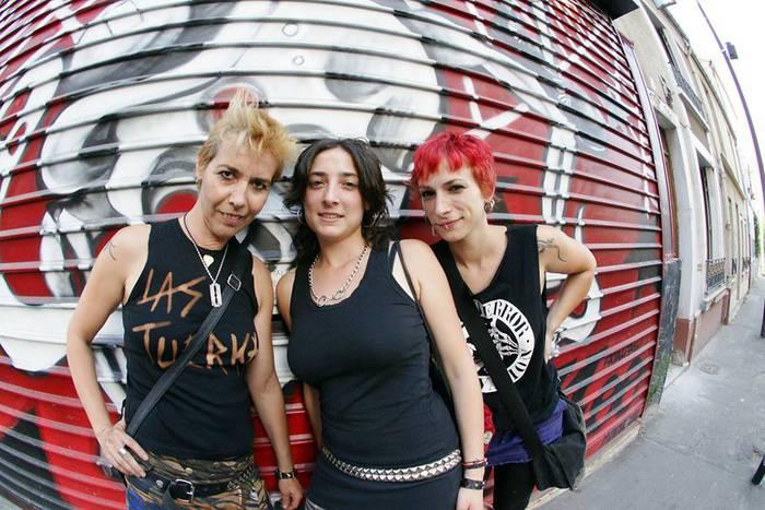Las Tuerkas taldeak punk-rock kontzertua eskainiko du gaur Naira tabernan, 20:00etan