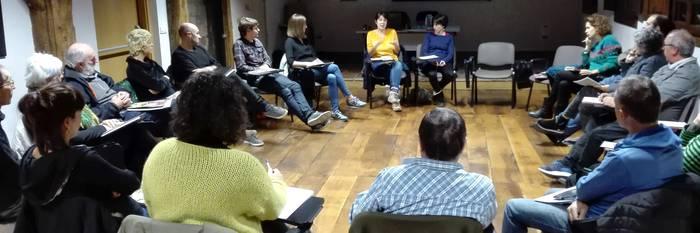 Eraldaketa feministaren beharra nabarmendu dute Bergarako eskola herritarrean