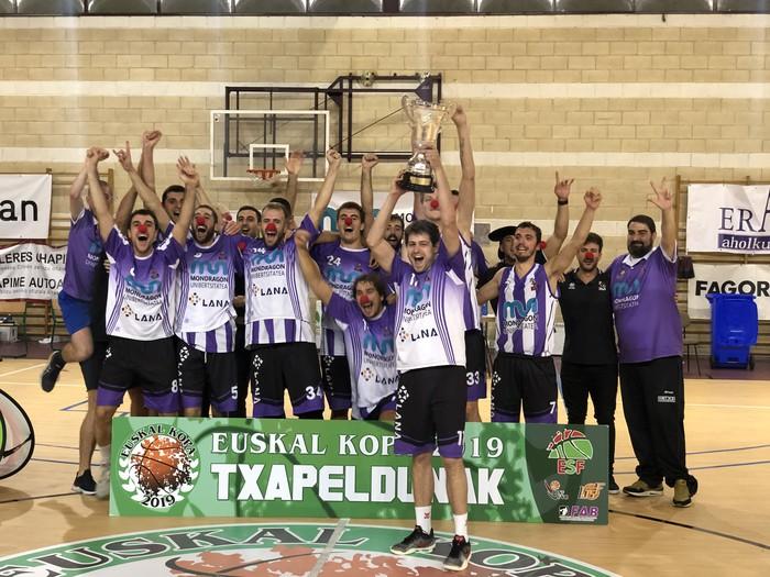 Euskal Kopa irabazi du MUk Baskoniaren aurkako final zirraragarrian