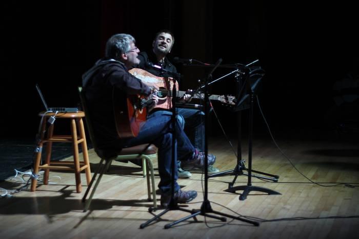 Euskarazko musikagintzaren bidaia Torresoroan